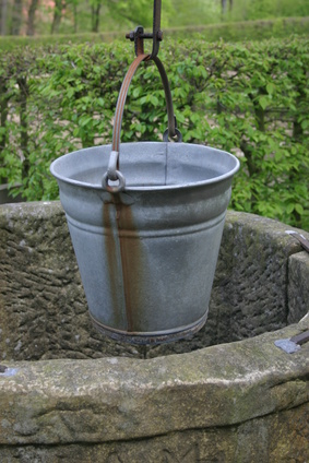 l'eau puits pompe brancher adolescente rencontre la pression des pairs